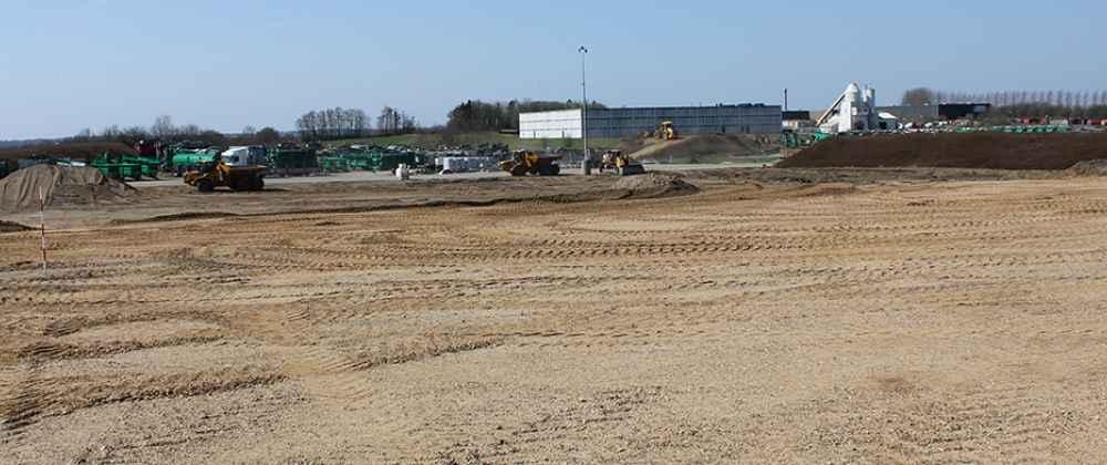 Gyllespredere under tag – YDING A/S griber atter flere underentrepriser på byggesag